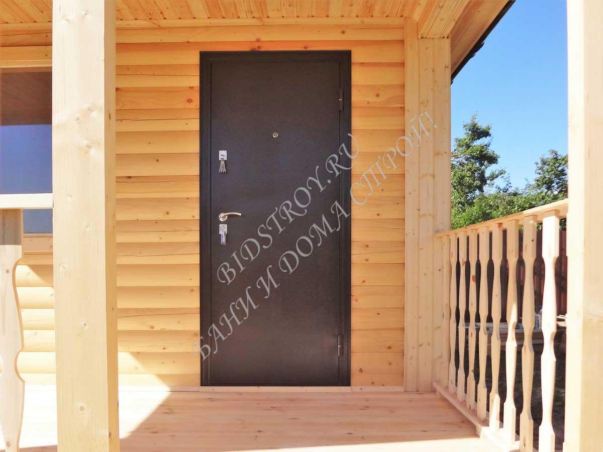 Входная железная дверь