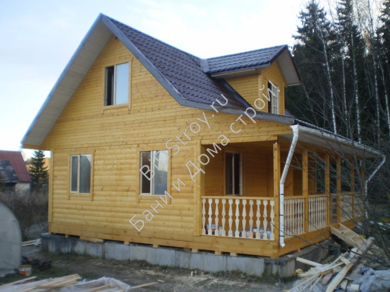 Дом из бруса 8 на 8 с крыльцом